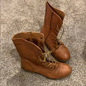 Charlotte Russe Camel Combat Boots Size 9